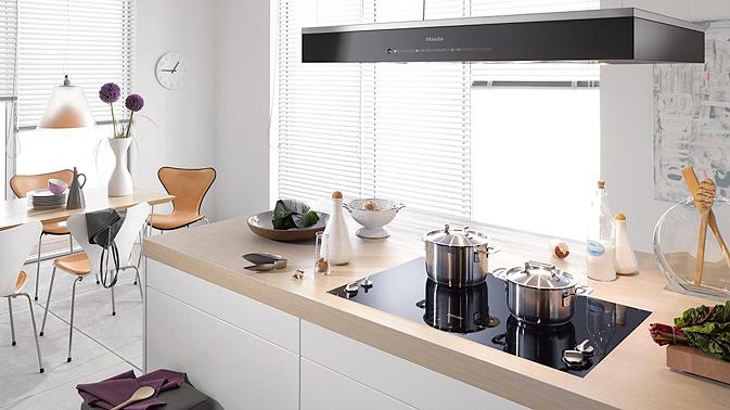 comunicati stampa. Black Bedroom Furniture Sets. Home Design Ideas