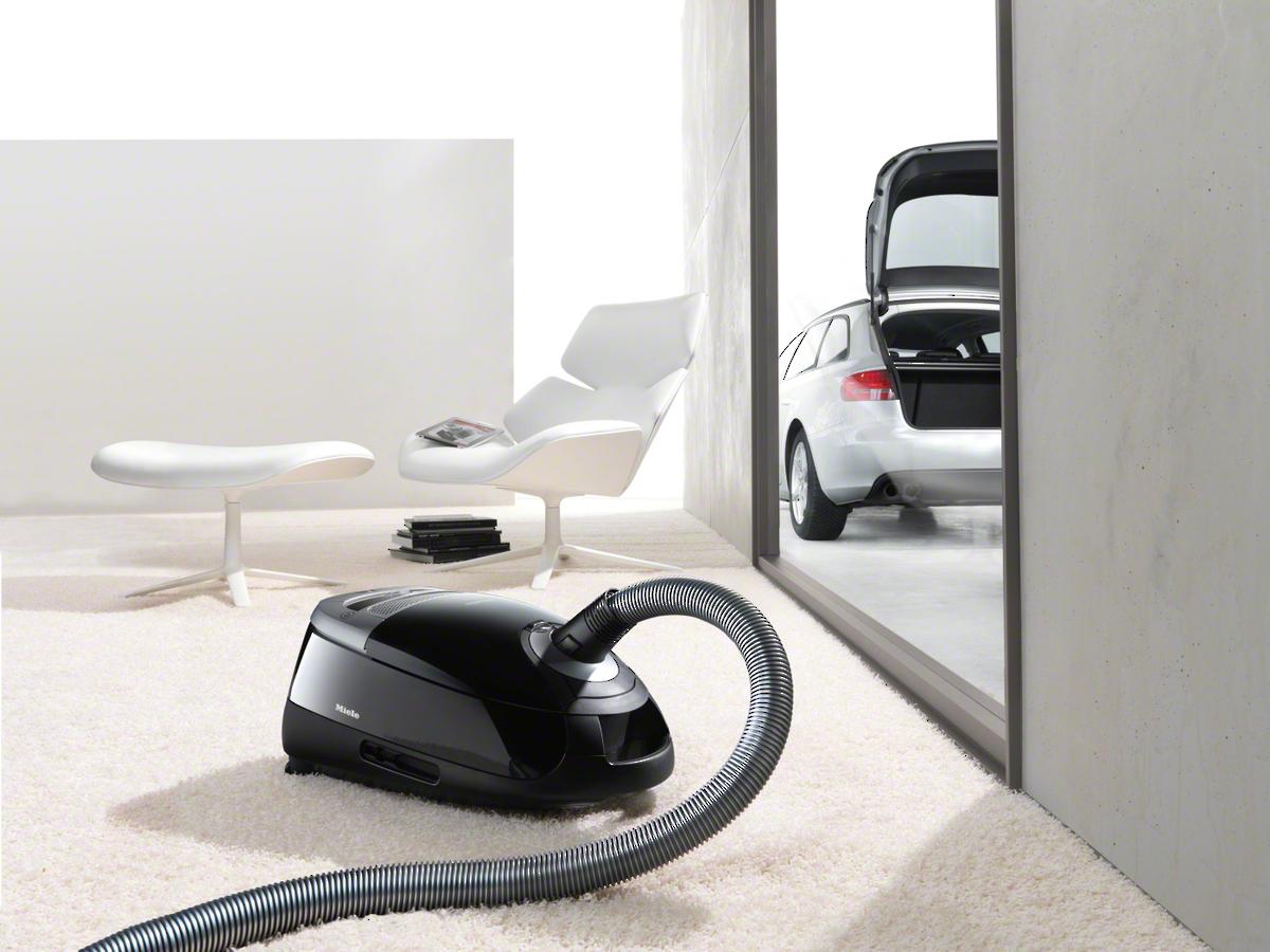 miele complete c2 black powerline sfac1 bodenstaubsauger. Black Bedroom Furniture Sets. Home Design Ideas
